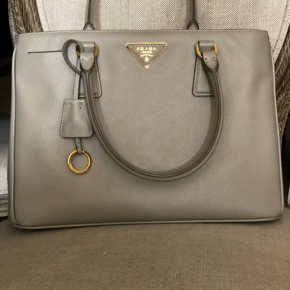 New Prada Lux Saffiano Leather Tote 2e9297d26d3ca